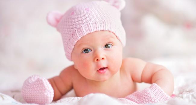 бебе 4 месеца