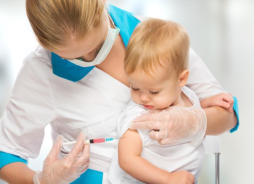 baby-gets-vaccine-shot