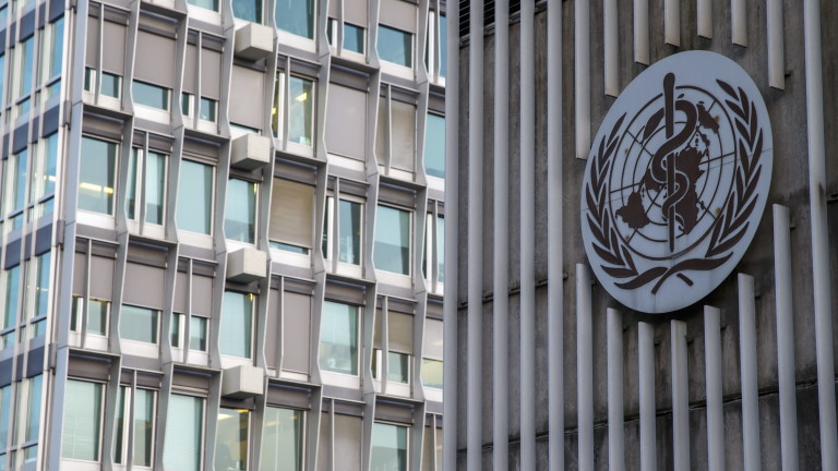 epa08363563 (FILE) - The logo and building of the World Health Organization (WHO) headquarters in Geneva, Switzerland, 22 January 2020 (reissued 15 April 2020). On 14 April, US President Donald Trump announced that he has instructed his administration to halt funding to the WHO. EPA/SALVATORE DI NOLFI